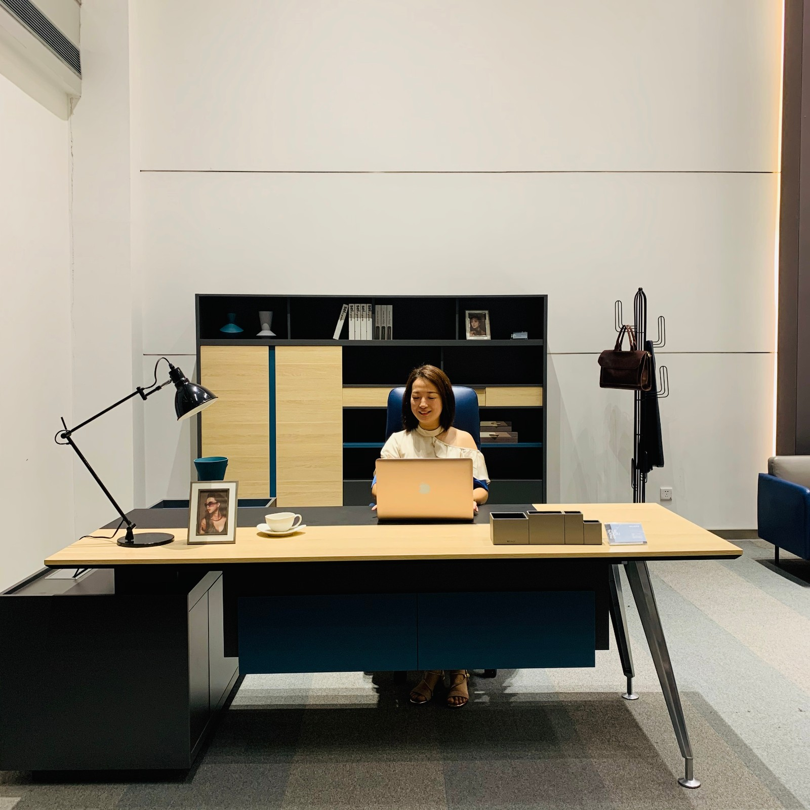 news-Exquisite and Modern Executive Office Furniture-Flex Series-GOJO-img-1