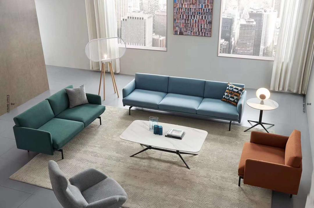 news-GOJO-Find the Right Type of Sofa for Your Office-img-1