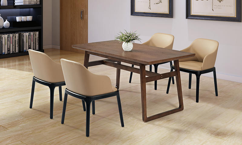 Elderly-oriented Lounge Chair and Table